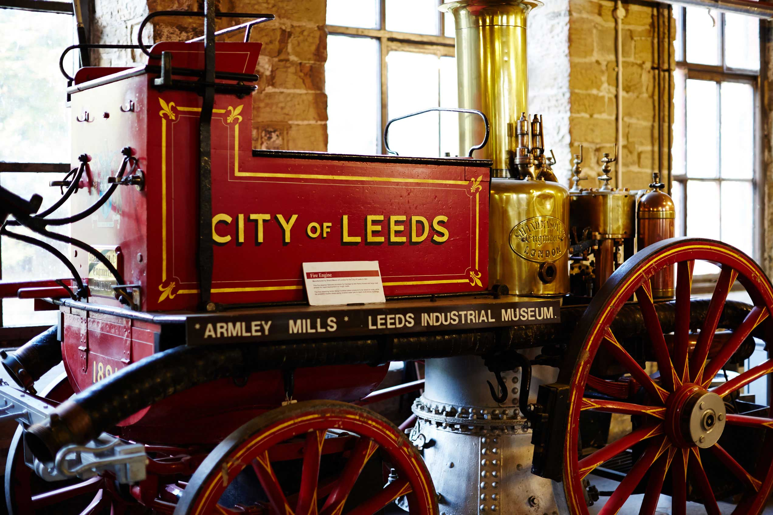 Image of old fire engine