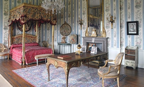 A Tudor style bedroom in Temple Newsam House